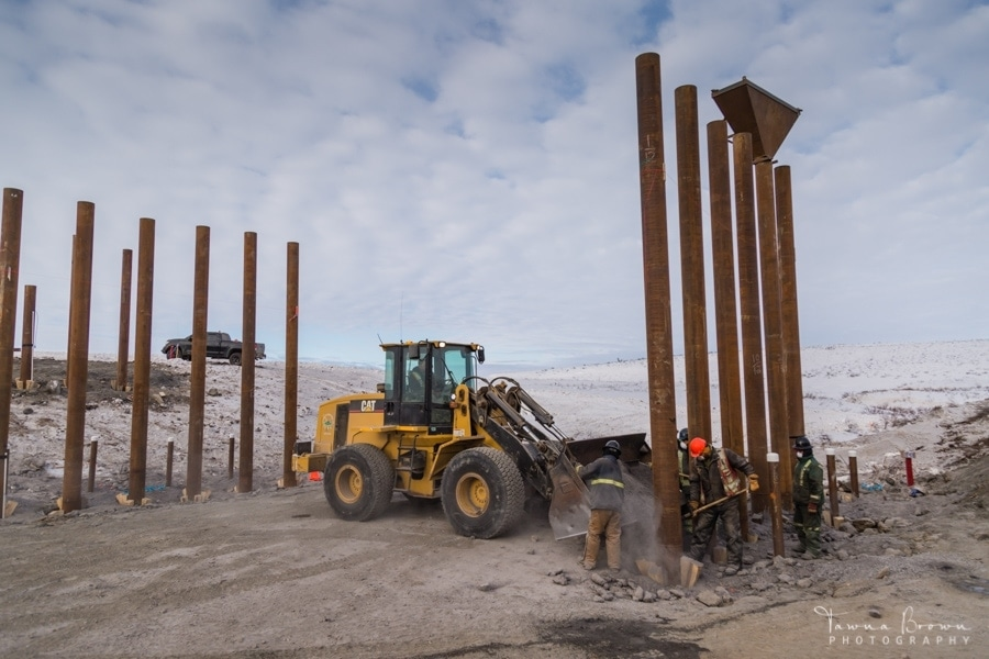 Building a Bridge on the Inuvik-Tuktoyaktuk Highway