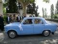 Newlyweds in Alfa Romeo