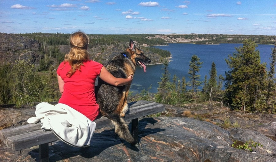 Tawna and Tika at Lookout