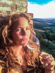 Tawna under Tuscan Sun