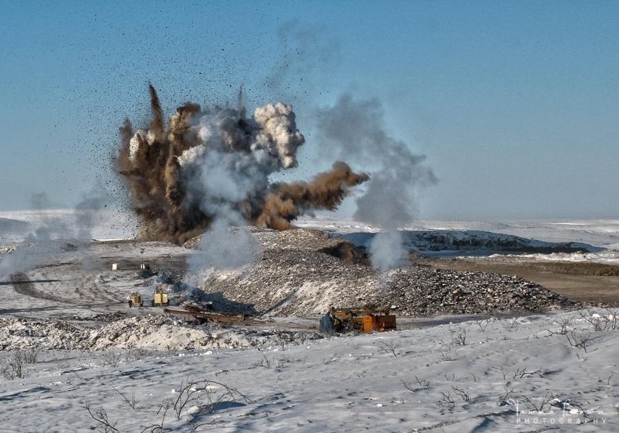 Gravel Blast at Source 177 outside of Tuktoyaktuk