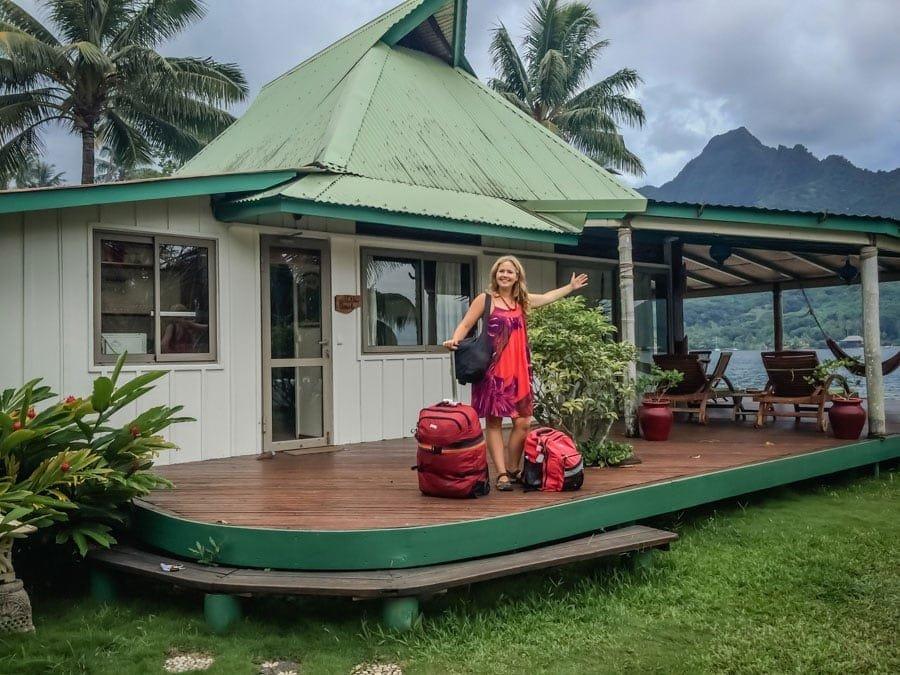 Arrival at Robinson\'s Cove Villa Cook in Moorea